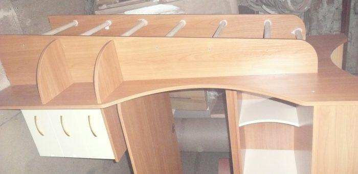 Рабочий уголок, компьютерные столы