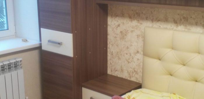 Навесные шкафы с Tip-On для спальни