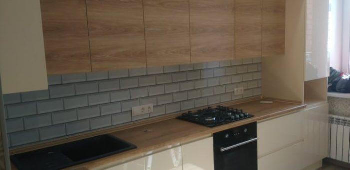 Кухня высотой до потолка