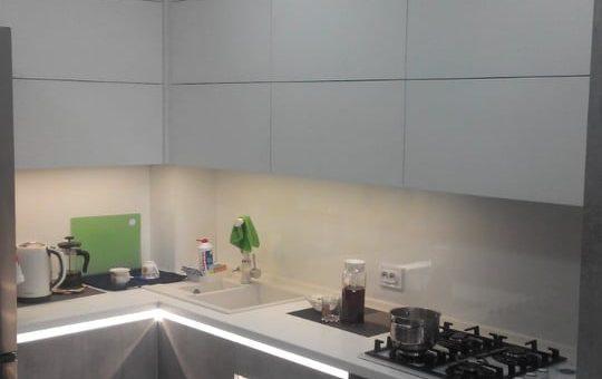 Кухня с фасадами из TSS плиты