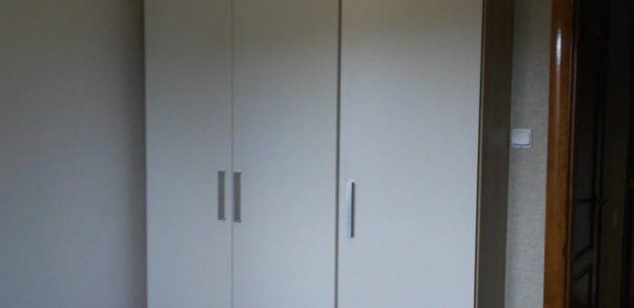 Шкаф, просто шкаф