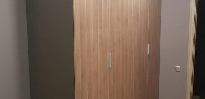 Шкаф четырехстворчатый