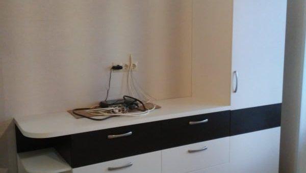 ТВ тумба с полосой цвета Венге