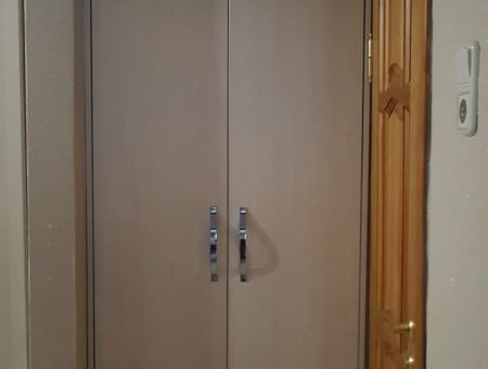 Шкаф в нишу