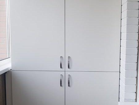 Шкаф четырехстворчатый на балкон