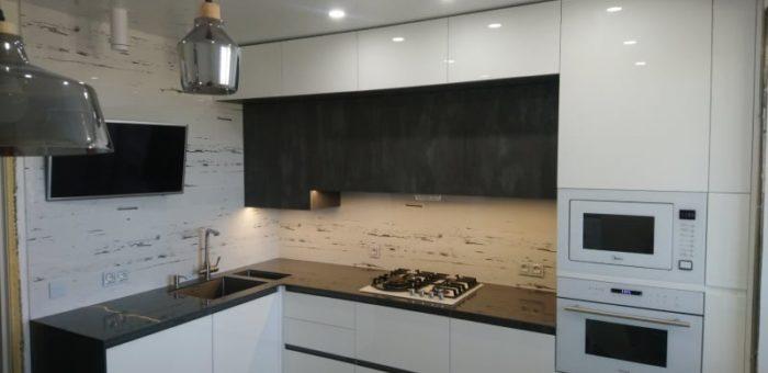Кухня с искусственным камнем Corian