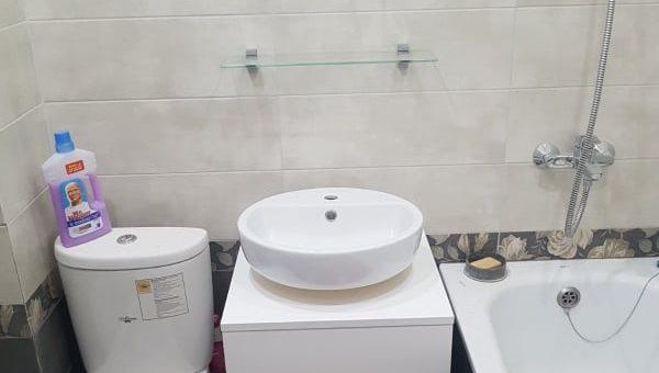 Полки, тумба в ванную