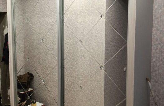 Шкаф с гравировкой и бевелями