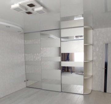 Шкаф с пескоструйными полосами
